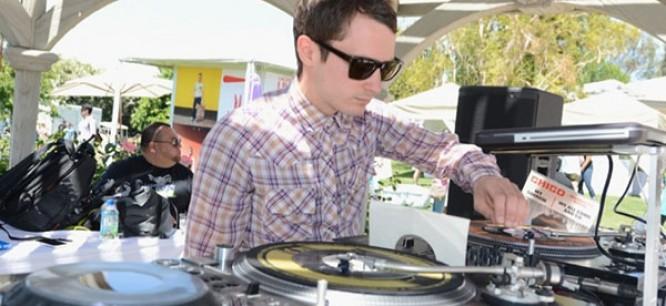 Elijah Wood Will DJ The FantasyCon Kick-Off Event