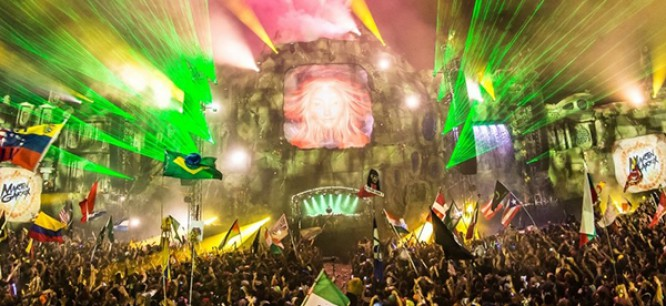 Watch 21 TomorrowWorld Sets