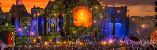 Man Met Love Of His Life At TomorrowWorld 2013 After Overcoming Cancer & They Just Had A Baby