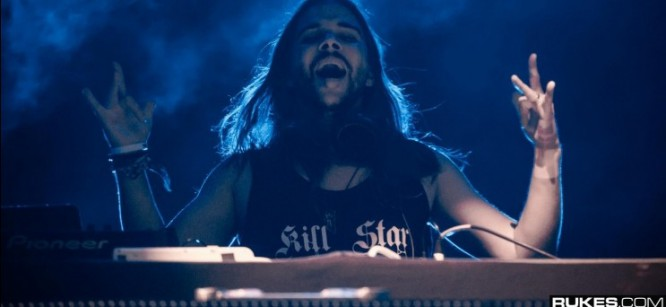 Seven Lions Set To Collab With AFI's Davey Havok