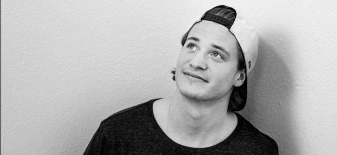 "Watch Kygo Play First Original Single ""Firestone"" Live on Piano"
