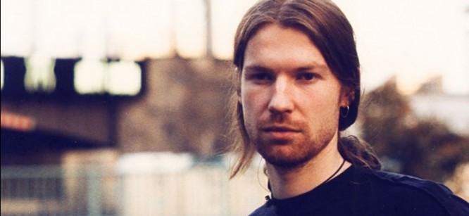 Mysterious SoundCloud User Gives 110 Aphex Twin Demos For Free