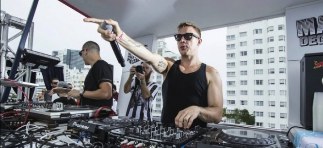"""Major Lazer and DJ Snake Drop """"Lean On"""" with Lyric Video"""