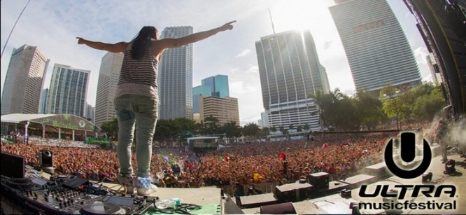 Steve Aoki Teases Surprise Guest During Ultra Set