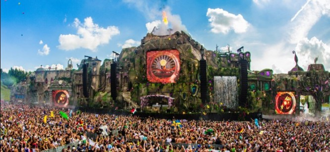 Tomorrowland Is Heating Up
