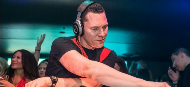 Listen to Tiesto's Remix of Sam Smith's 'Lay Me Down'