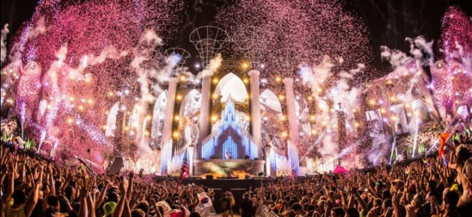 The 2015 Electric Daisy Carnival Lineup Has Been Revealed Early