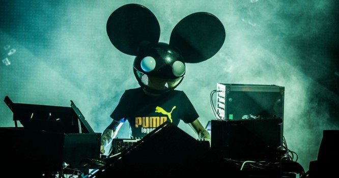 Deadmau5 Releases Second Version Of Kaskade Collaboration 'Beneath With Me'