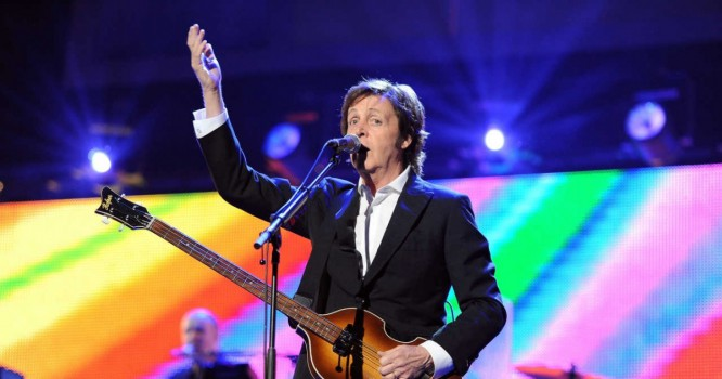 Paul McCartney Plays Proto-Electronic Song Live For The First Time [VIDEO]