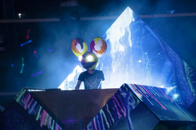 Deadmau5 Teases New Stage Design And New Compilation Album [VIDEO]