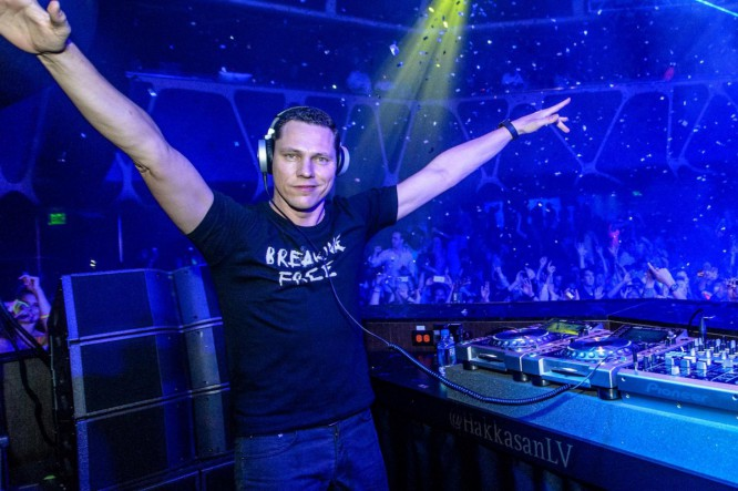 Listen To Tiesto's Curated Playlist For The New Spotify Running Feature