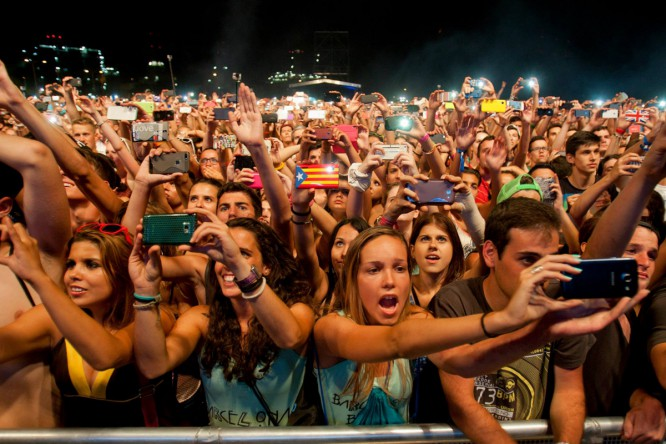 How The Biggest EDM Fans Are Contributing To Their Own Demise [Opinion]