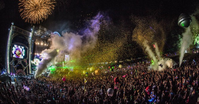 5 Reasons Electric Forest is the Ultimate Adult Playground