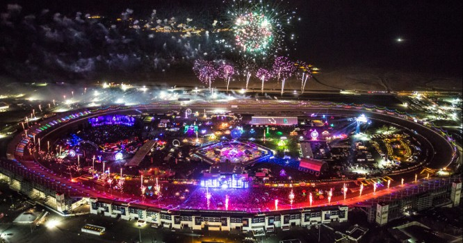 The Ultimate Guide For Making The Most Of The 2015 Electric Daisy Carnival