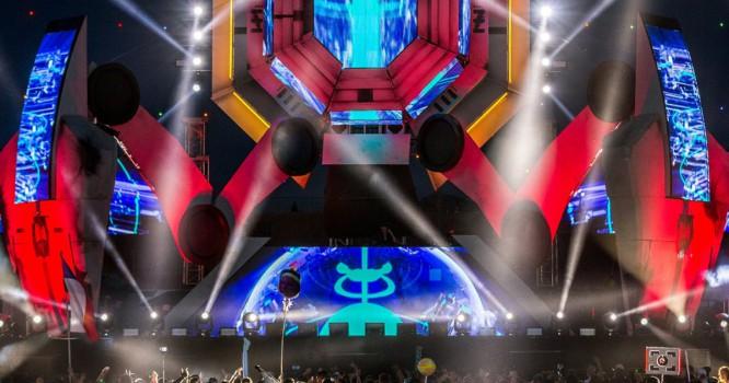 Watch Getter & Trollphace Break The BassPOD Stage First Night Of EDC [VIDEO]