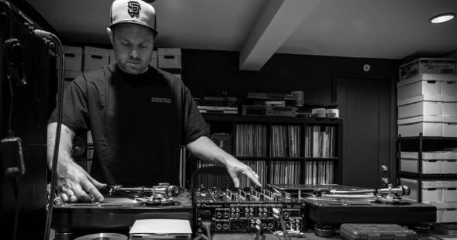 DJ Shadow Offers Advice To New Artists And Describes EDM's Influence On His Live Set