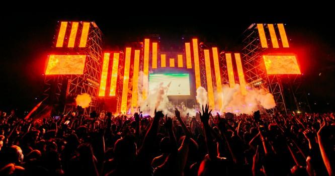 7UP Let Us 'Live It Up' At HARD Summer Music Festival