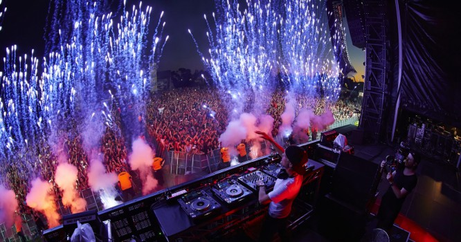 Find Out What EDM's Top DJs Are Earning On Tour