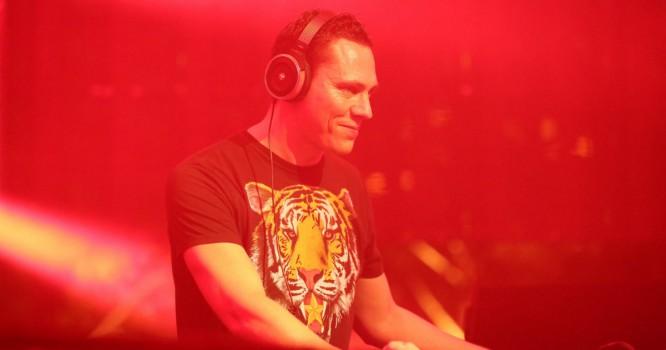 Tiesto Surprises Contestants Of 'Your Shot' DJ Competition [VIDEO]