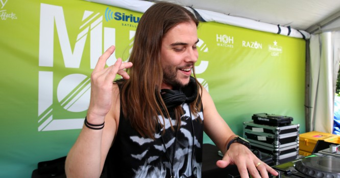 Seven Lions Releases New Single 'Falling Away' Featuring Lights