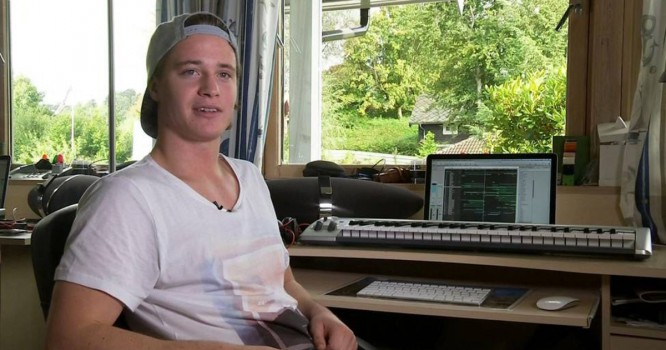 Kygo Unveils New Songs With Studio Session & Apple Commercial [VIDEO]