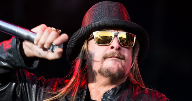 Watch Kid Rock Tear Up A Killer DJ Scratch Routine [VIDEO]