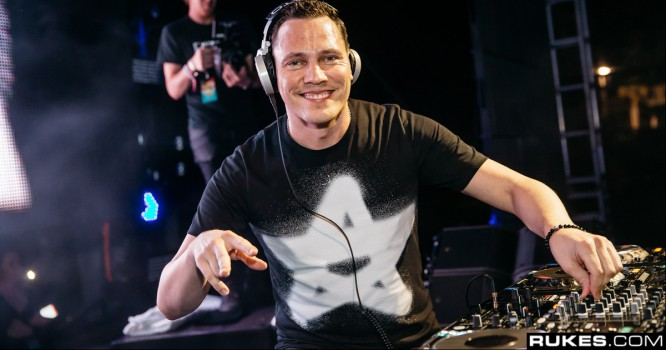 Tiesto Drops New Playlist Feat. Oliver Heldens, Kaskade, Garrix & More