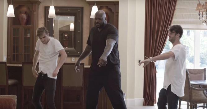 Watch Shaq Prep For TomorrowWorld With Help From The Chainsmokers [VIDEO]