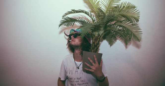 The First All-Tropical House Tour's Here, Check Out Thomas Jack's Official Mix