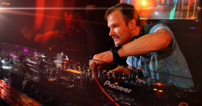 Dash Berlin Previews New Track 'Yesterday Is Gone' With Dubvision Ft. Jonny Rose