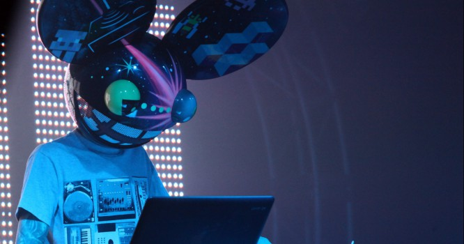 This Channel Has Nearly A Hundred deadmau5 Livestreams & Audio Rips