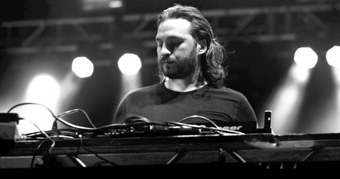 Steve Angello Is Forgetting About Charts To Create Art [VIDEO]