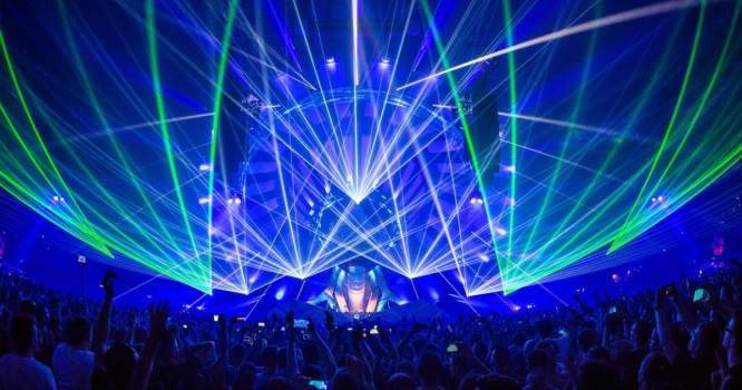 """""""The Music Becomes Visual"""" - Qlimax Will Blow Your Mind"""