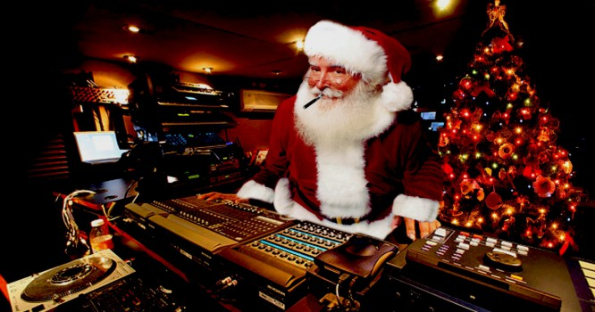 The Perfect Christmas Playlist for EDM Fans AND Their Loved Ones