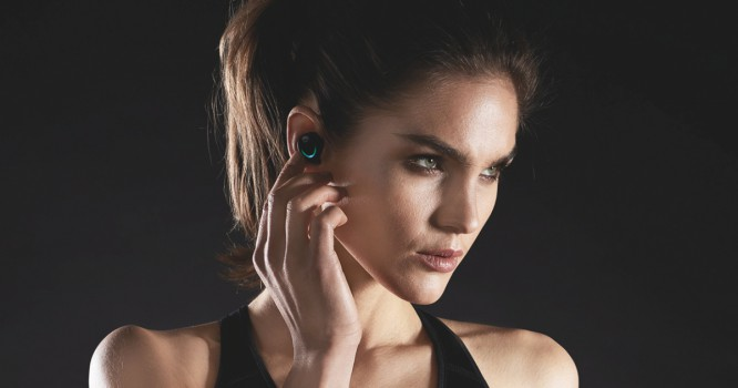 These Wireless Earbuds Look (and Work) Like They're From the Future
