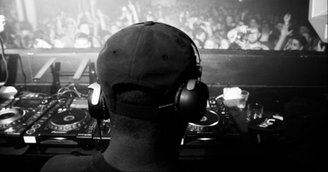 DJ Tackles 24hr-Set to Win Big For Charity