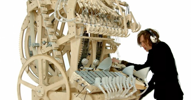 This Insane Instrument is Powered by 2000 Marbles [WATCH]