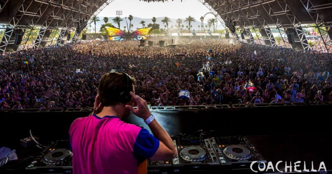 Coachella is Sending a Virtual Reality Experience In the Mail [VIDEO]