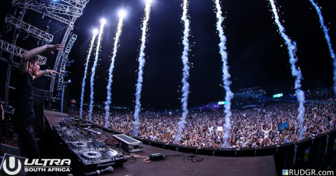 Watch JAUZ, DJ Snake, Martin Garrix & More LIVE at Ultra [STREAM NOW]