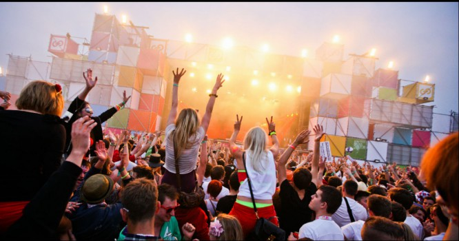 5 Genres That Are Taking Over Festivals Line Ups in 2016