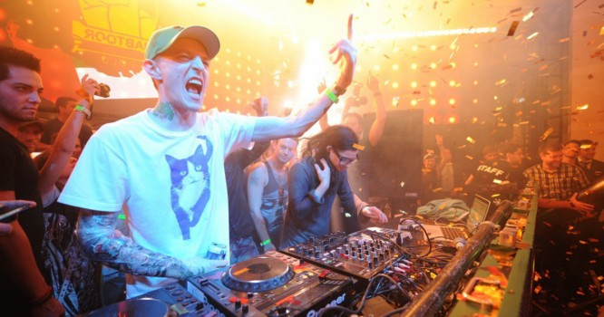Deadmau5 is Going Ham on Every Major DJ Right Now!