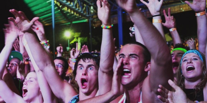 Watch a Crazed Fan Climb on Top of the Mainstage at a Festival [VIDEO]
