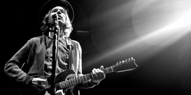 Grammy Winning Rocker Beck Dropped EDM Beats and We Kinda Love It
