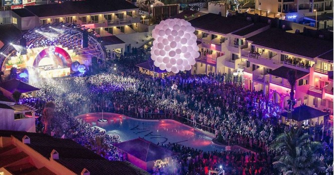 Warner Music Group inks new deal with USHUAÏA Entertainment