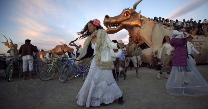 Too busy to dress for Burning Man? There's a $10,000 stylist for that