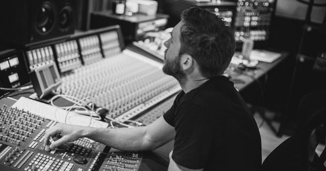 INTERVIEW: Calvin Harris on 'My Way' & New Music