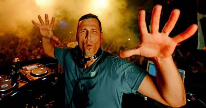 Vote Now for the Chance to Have Kaskade Perform at Your School!