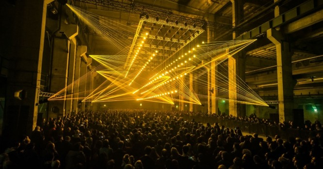 Watch a Breathtaking Fusion of Laser Light and Sound in the Deep Web
