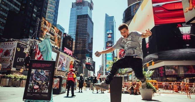 Martin Garrix Drops 'Sun is Never Going Down' - His 2nd Single in 7 Days