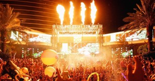 Top 6 Reasons Why Summer Splash Is Your Hook-Up For The Ultimate Vegas EDM Adventure